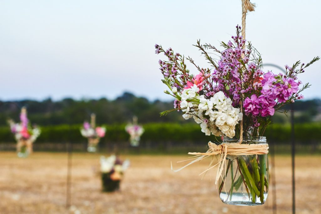 purple and white flower Wedding decorations